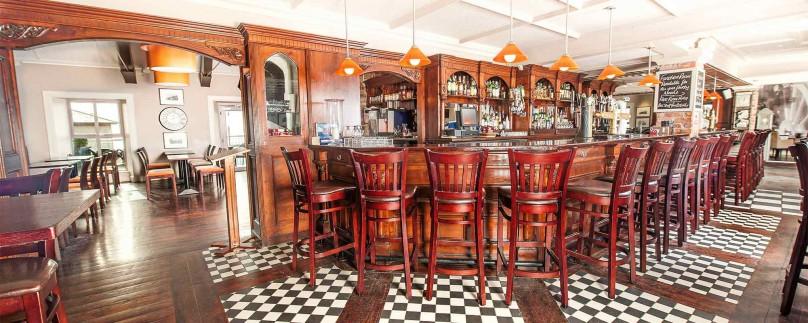 Clancy's Bar & Restaurant
